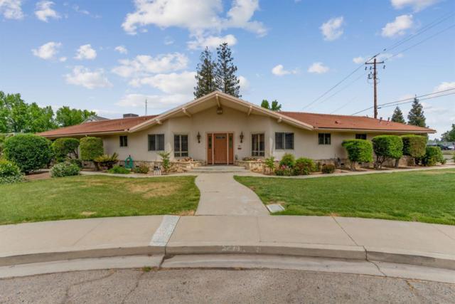 1411 N Frankwood Avenue, Reedley, CA 93654 (#145899) :: The Jillian Bos Team