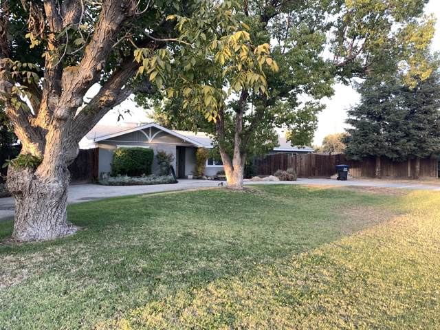 4420 W Iris Avenue, Visalia, CA 93277 (#200934) :: The Jillian Bos Team