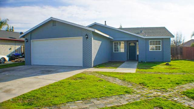 524 Cosart Court, Exeter, CA 93221 (#202198) :: Robyn Icenhower & Associates
