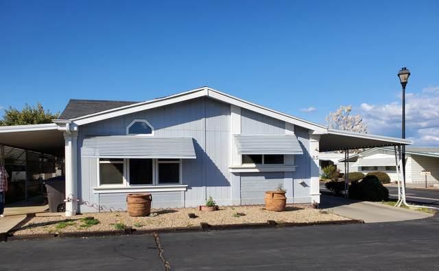 1300 W Olson Avenue #85, Reedley, CA 93654 (#203908) :: The Jillian Bos Team