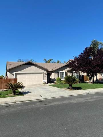 2112 W Picadilly Lane, Hanford, CA 93230 (#203995) :: Martinez Team