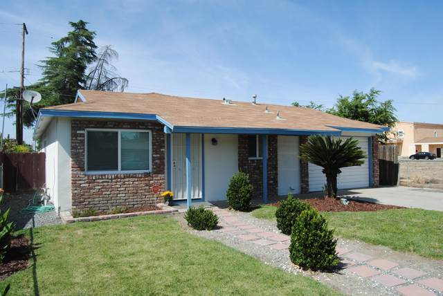1408 Brokaw Avenue, Corcoran, CA 93212 (#205224) :: The Jillian Bos Team