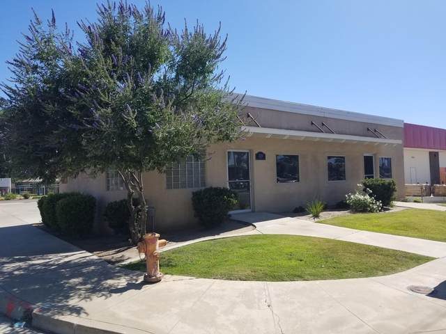2129 E Tulare Avenue, Tulare, CA 93274 (#205244) :: The Jillian Bos Team