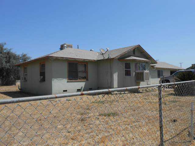 2542 W Sonora Ave, Tulare, CA 93274 (#206085) :: Anderson Real Estate Group