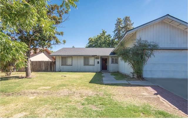 439 W League Avenue, Tulare, CA 93274 (#206157) :: The Jillian Bos Team