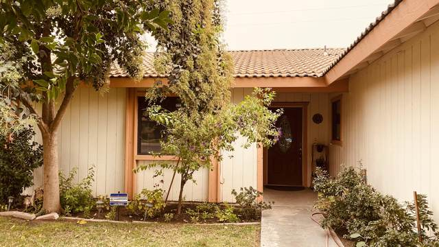 464 S Randle Street, Tulare, CA 93274 (#206821) :: Your Fresno Realty | RE/MAX Gold