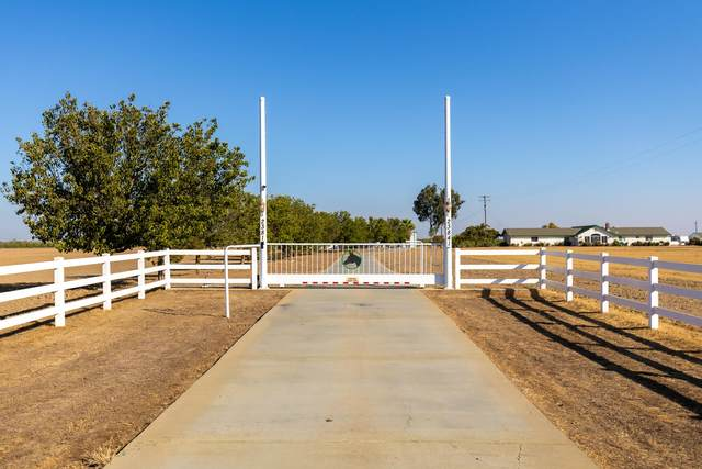 23841 Avenue 26, Chowchilla, CA 93610 (#207658) :: The Jillian Bos Team