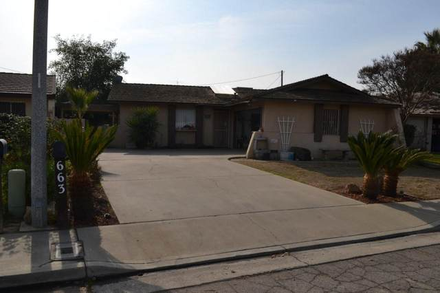 663 Village Green Street, Porterville, CA 93257 (#208196) :: The Jillian Bos Team