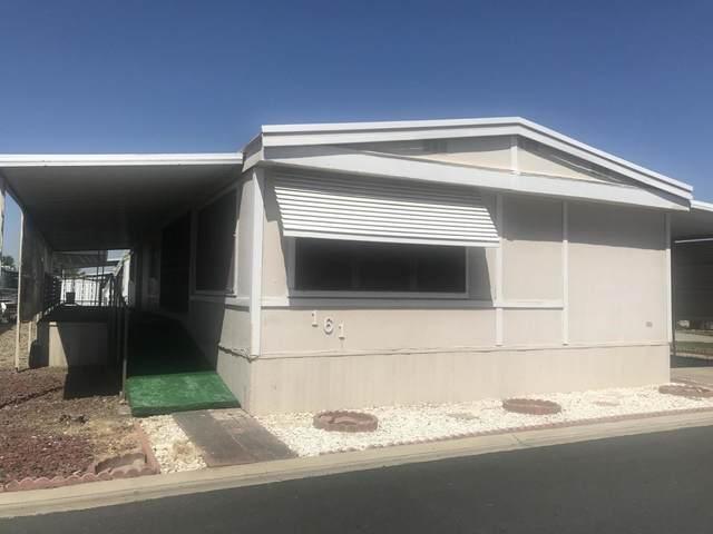 1343 W Morton Avenue #161, Porterville, CA 93257 (#210276) :: The Jillian Bos Team