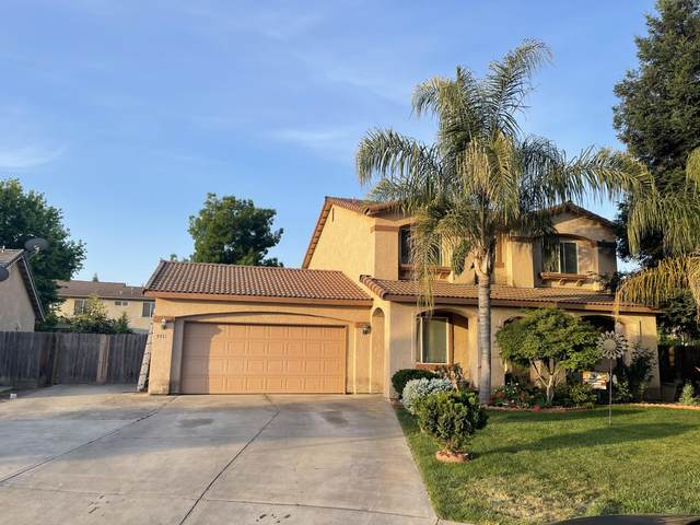 3931 E Hillcrest Avenue, Visalia, CA 93292 (#210625) :: The Jillian Bos Team