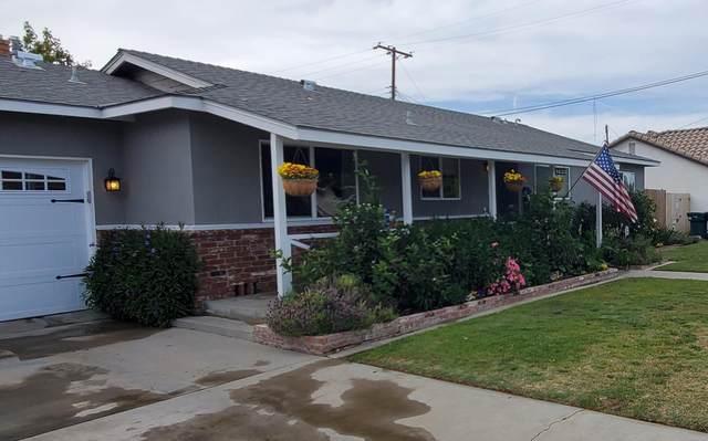 1433 N Oaks, Tulare, CA 93274 (#210674) :: Robyn Icenhower & Associates