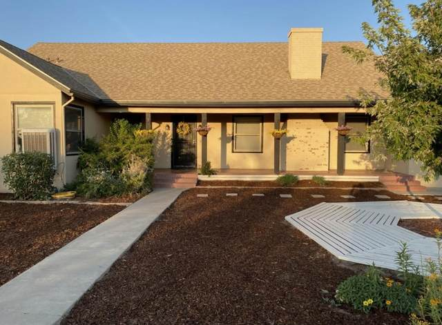 616 N M Street, Tulare, CA 93274 (#211349) :: Robyn Icenhower & Associates