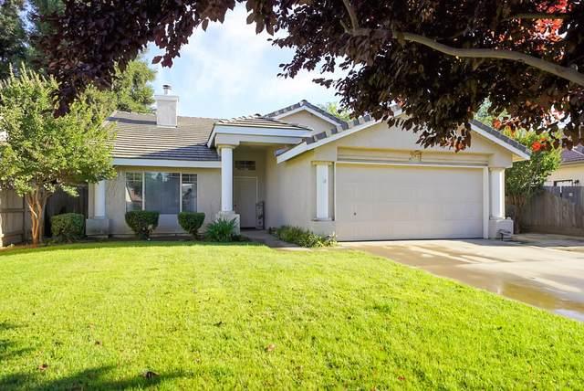 1547 E Parkview Court, Visalia, CA 93292 (#211371) :: Martinez Team