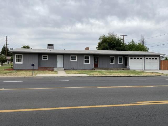 240 N Laspina Street, Tulare, CA 93274 (#211397) :: Martinez Team