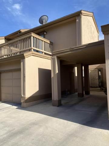 4825 W Westgate Avenue, Visalia, CA 93277 (#211718) :: The Jillian Bos Team