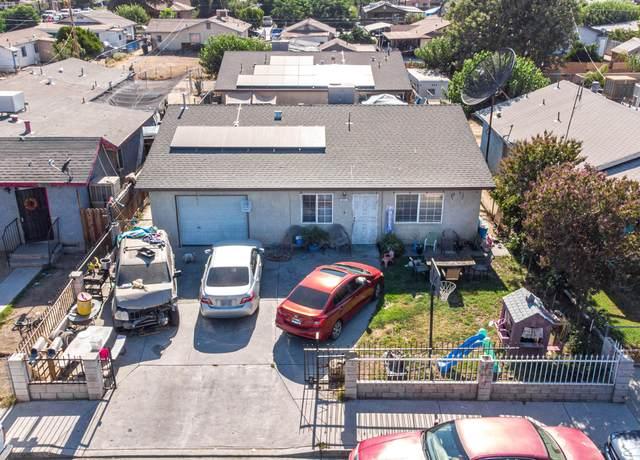 217 San Pedro Street, Mcfarland, CA 93250 (#211860) :: Martinez Team