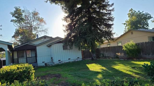 2614 S Santa Fe Street, Visalia, CA 93292 (#214013) :: Robyn Icenhower & Associates