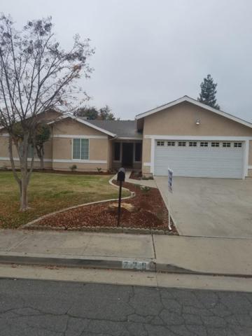 729 N Palm Street, Woodlake, CA 93286 (#141659) :: Robyn Graham & Associates