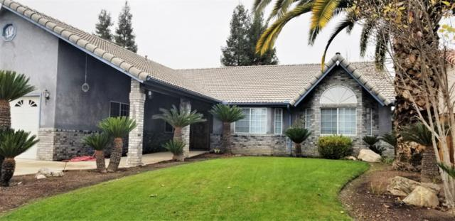 198 W Dickens Avenue, Tulare, CA 93274 (#142932) :: Robyn Graham & Associates
