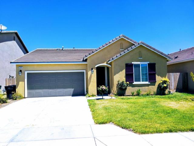 2060 Alexander Avenue, Tulare, CA 93274 (#145778) :: Martinez Team