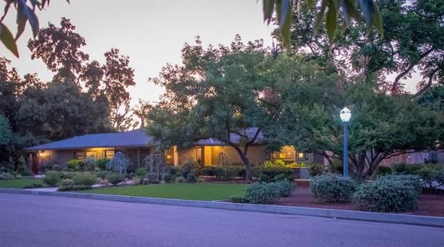 1300 W Westcott Avenue, Visalia, CA 93277 (#147897) :: The Jillian Bos Team