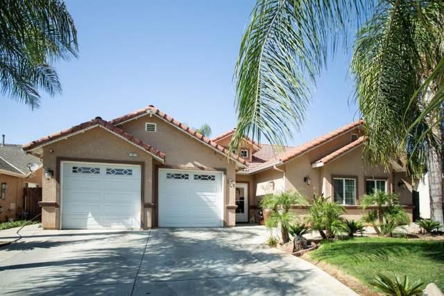 1813 E Lauren Avenue, Dinuba, CA 93618 (#148335) :: Robyn Icenhower & Associates