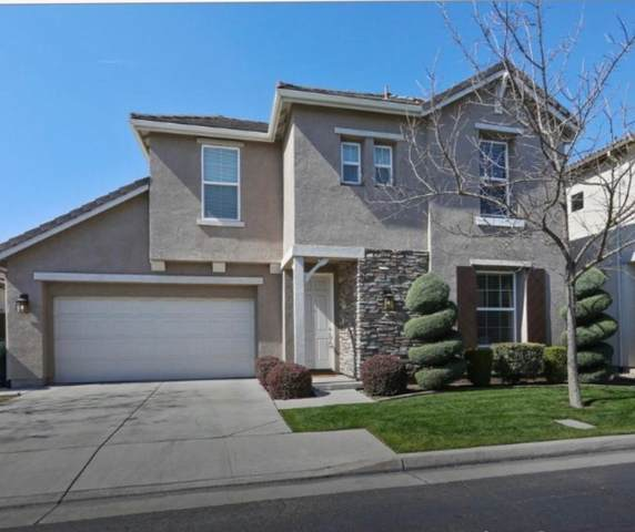 3233 N Kayenta Street, Visalia, CA 93291 (#205433) :: The Jillian Bos Team