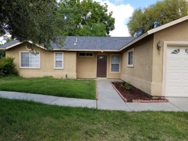 638 E Cinnamon Drive, Lemoore, CA 93245 (#136062) :: Robyn Graham & Associates