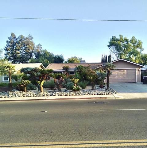 5429 W Walnut Avenue, Visalia, CA 93277 (#213244) :: Martinez Team