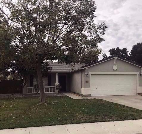 1855 La Vida Avenue, Porterville, CA 93257 (#134571) :: Robyn Graham & Associates