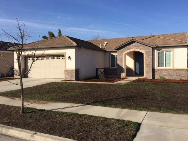1949 Monsecco Street, Tulare, CA 93274 (#135673) :: The Jillian Bos Team