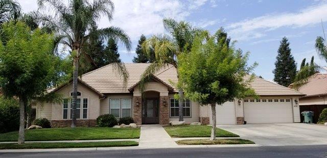 4722 W Vine Avenue, Visalia, CA 93291 (#139720) :: Robyn Graham & Associates