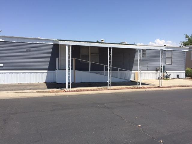 720 E Worth Avenue #192, Porterville, CA 93257 (#139910) :: Robyn Graham & Associates