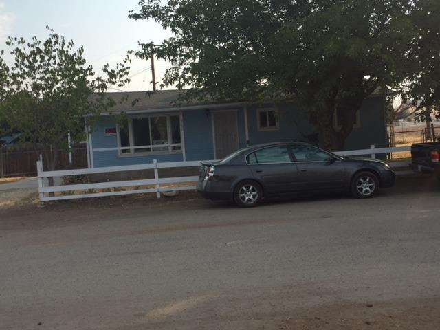 1240 S Paul Street, Porterville, CA 93257 (#140124) :: Robyn Graham & Associates