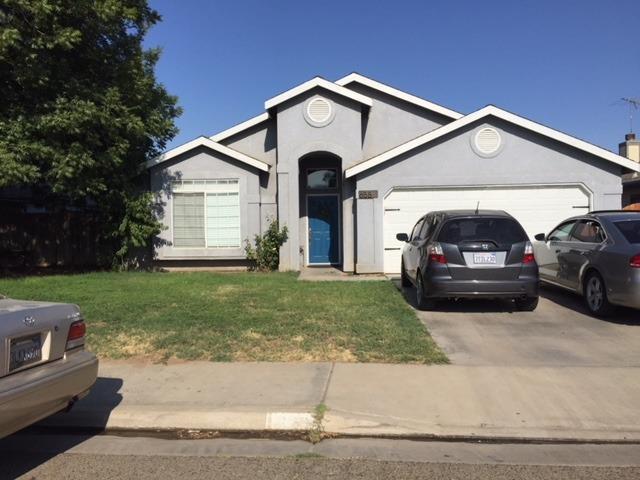658 S Cottage Street, Porterville, CA 93257 (#140250) :: Robyn Graham & Associates