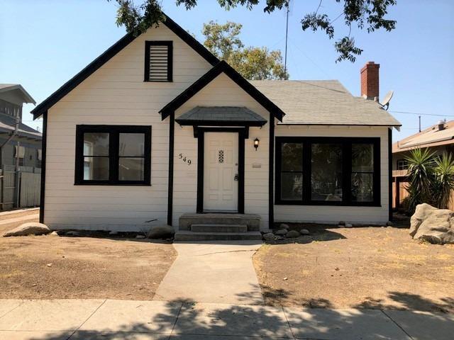 549 N Poplar Avenue, Fresno, CA 93728 (#140552) :: Robyn Graham & Associates