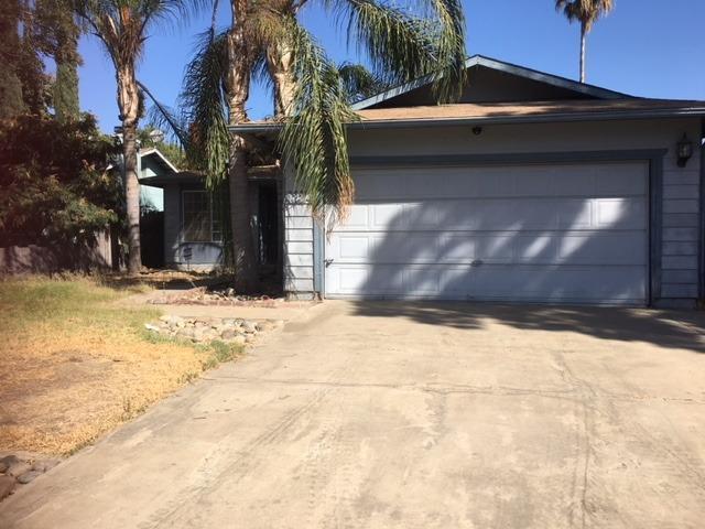 4224 W Cambridge Avenue, Visalia, CA 93277 (#142438) :: The Jillian Bos Team