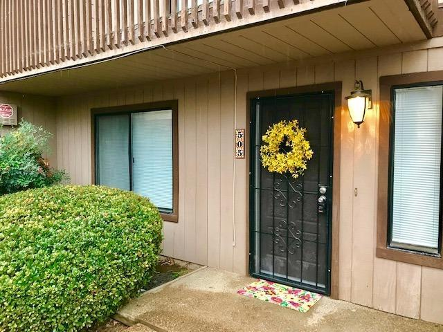 505 N Murry Street, Porterville, CA 93257 (#142803) :: Robyn Graham & Associates