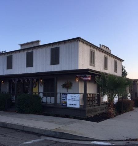 53 E Cleveland Avenue, Porterville, CA 93257 (#142933) :: Robyn Graham & Associates