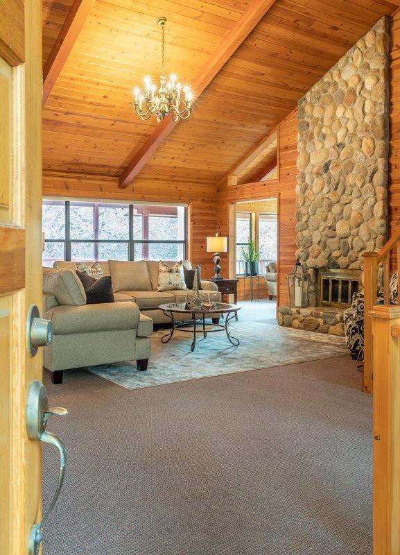 44061 Redbud Trail, Three Rivers, CA 93271 (#142953) :: Robyn Graham & Associates