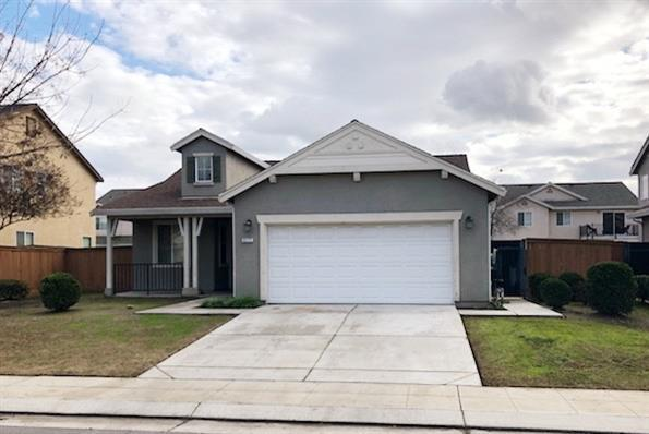 3177 Brickfield Avenue, Tulare, CA 93274 (#143666) :: The Jillian Bos Team
