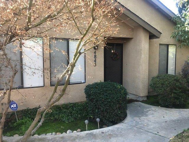 4845 W Cypress Avenue, Visalia, CA 93277 (#143696) :: The Jillian Bos Team