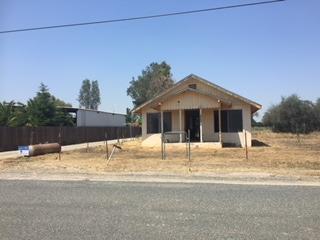 20143 Road 192, Lindsay, CA 93247 (#147224) :: The Jillian Bos Team