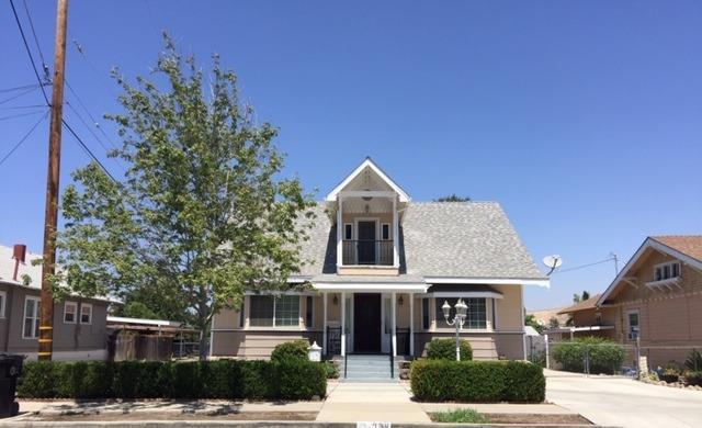 238 E Putnam Avenue, Porterville, CA 93257 (#148281) :: The Jillian Bos Team