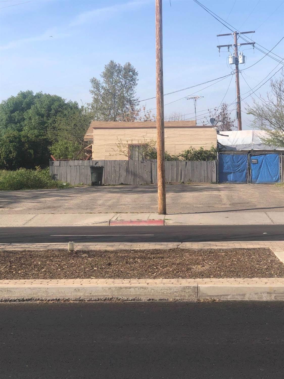 184 Orange Avenue - Photo 1