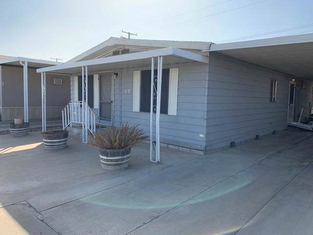 1343 W Morton Avenue #19, Porterville, CA 93257 (#201494) :: The Jillian Bos Team