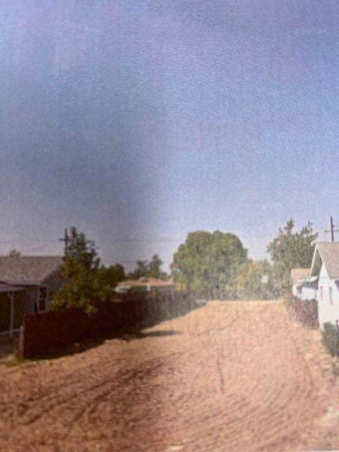0 10th Street, Orange Cove, CA 93646 (#202572) :: The Jillian Bos Team