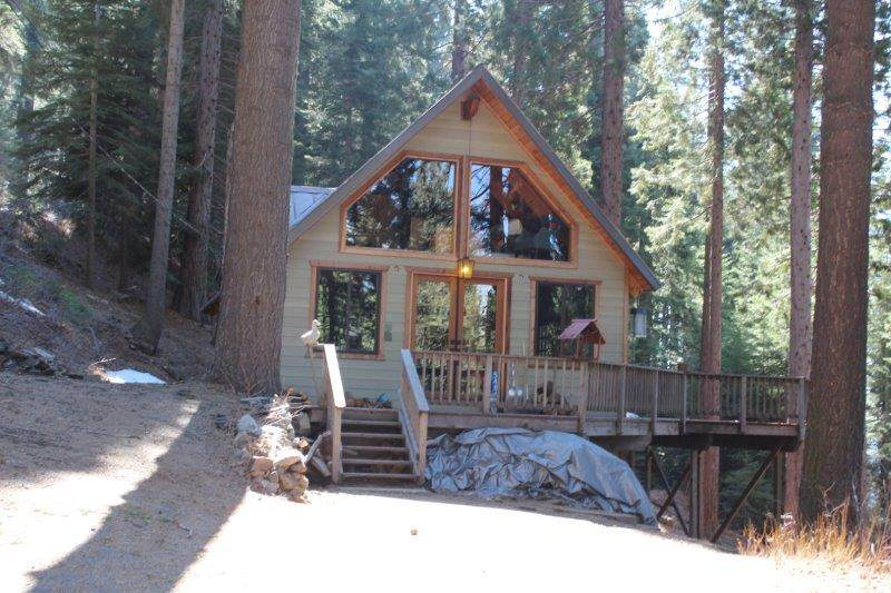 54866 Redwood Drive - Photo 1