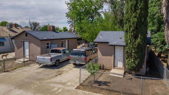 842 W Owens Avenue, Tulare, CA 93274 (#203976) :: The Jillian Bos Team