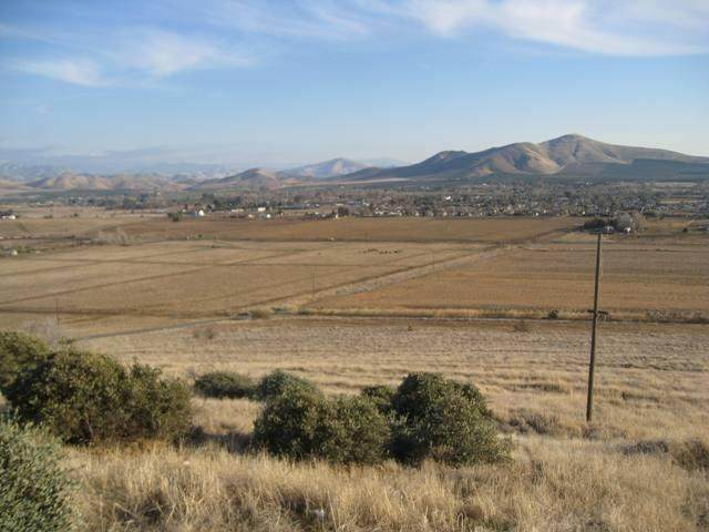 0 Putnam, Porterville, CA 93257 (#204449) :: The Jillian Bos Team